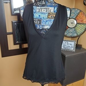NEW YORK & CO STRETCH BLACK LACE VNECK TANK TOP